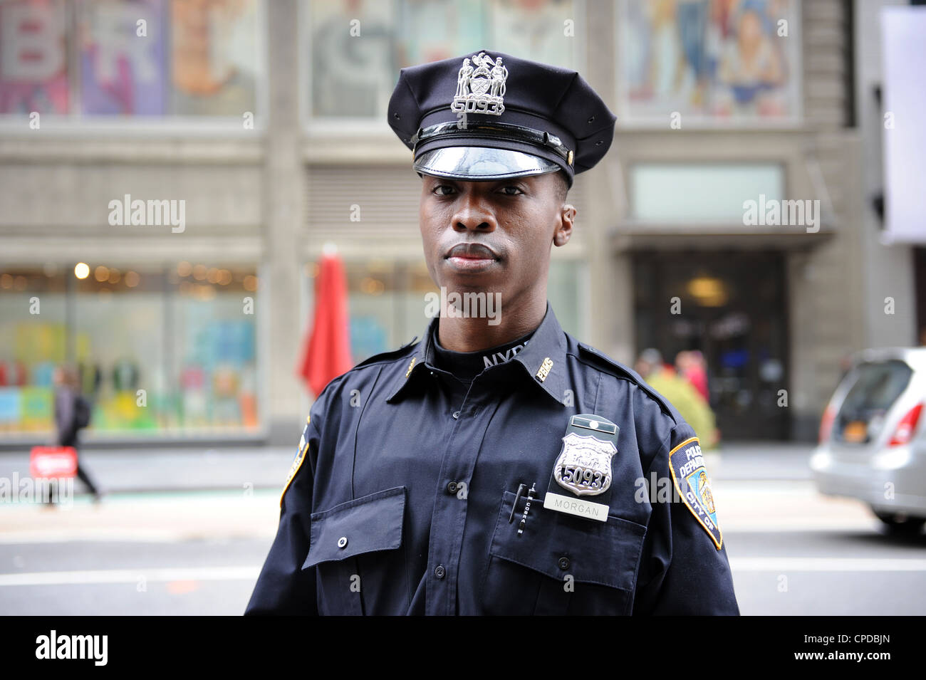 NYPD Police officer in Times Square, New York - Stock Image