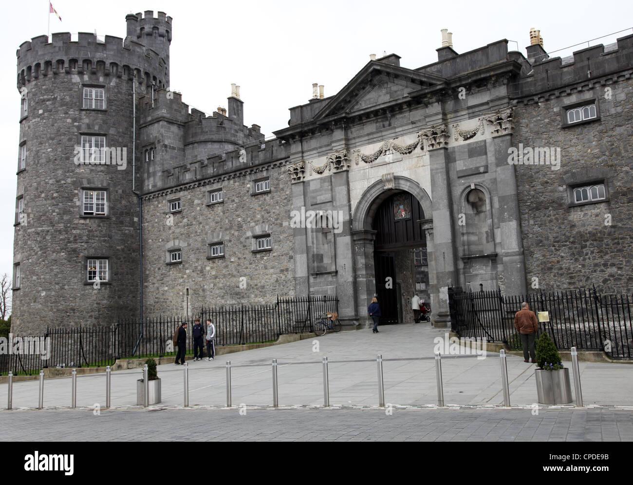 Kilkenny castle, County Kilkenny, Leinster, Republic of Ireland, Europe - Stock Image