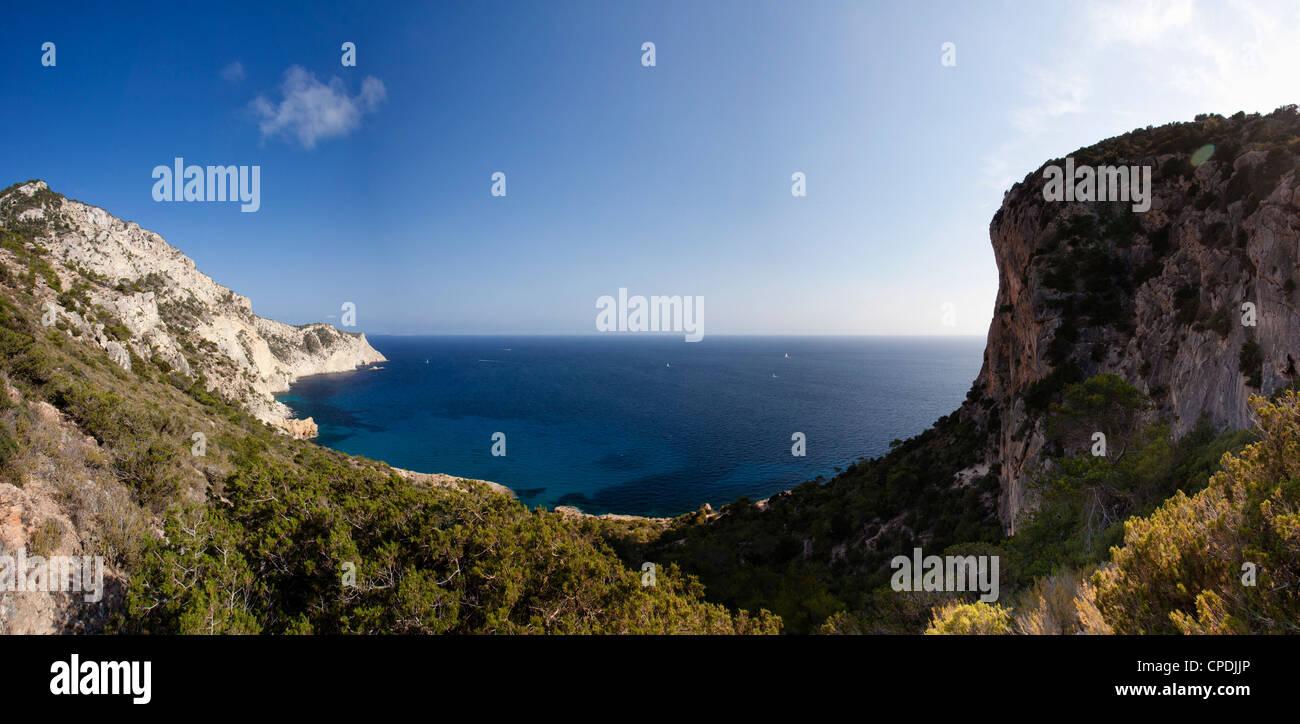Spain, Balearic Islands, Ibiza, Sa Pedra Bay - Stock Image