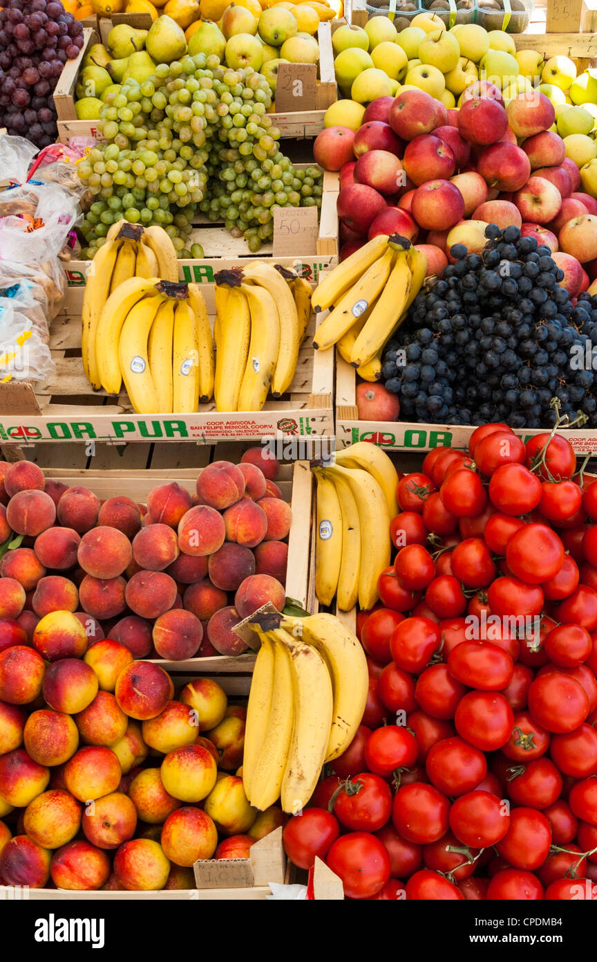 Fresh fruit on a market stall - Stock Image