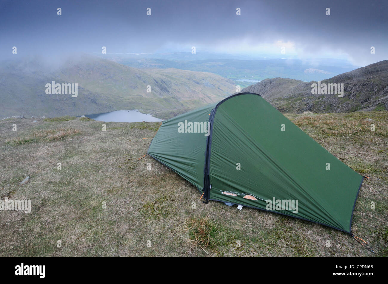 Wild camping on Brim Fell in the English Lake District - Stock Image