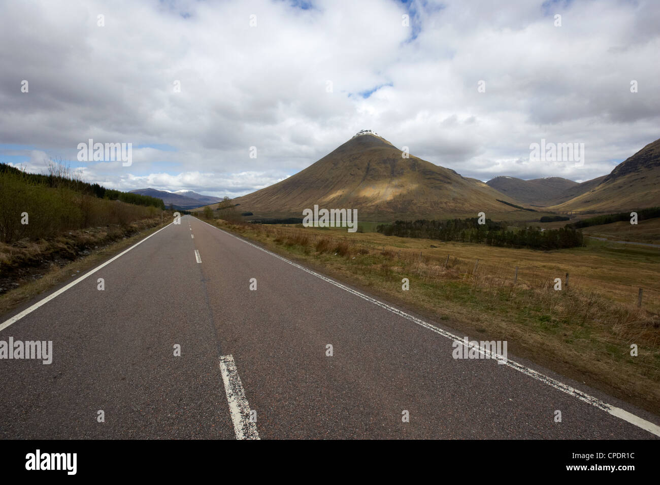 a82 trunk road through the scottish highlands between tyndrum and bridge of orchy with beinn dorain Scotland UK - Stock Image