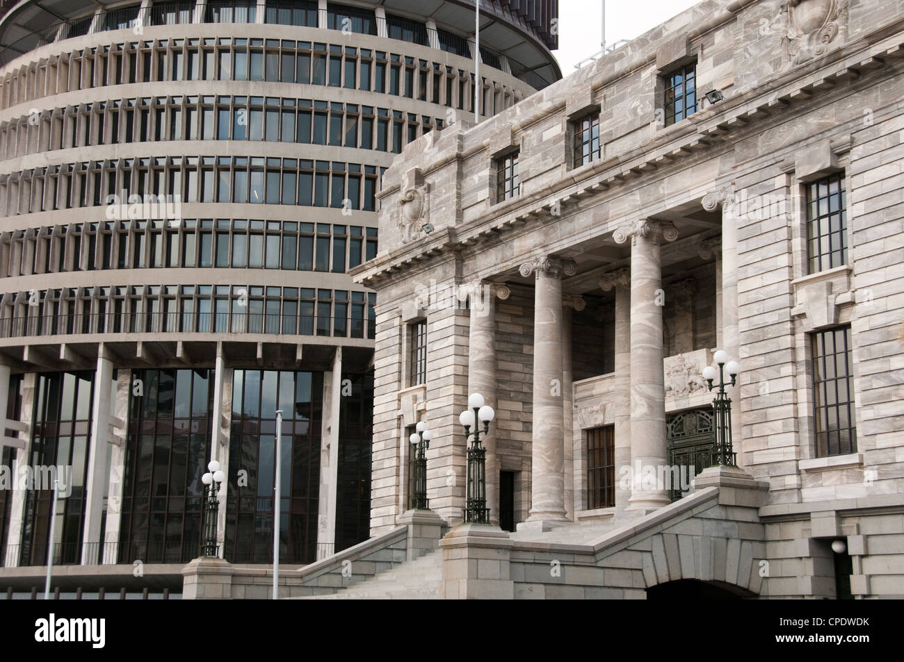New Zealand, North Island, Wellington, Parliament Building and Beehive. - Stock Image