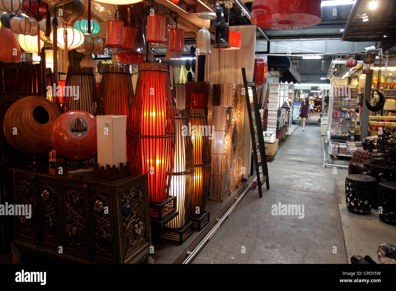 Furniture And Home Decorations Shop In Chatuchak Weekend Market , Bangkok