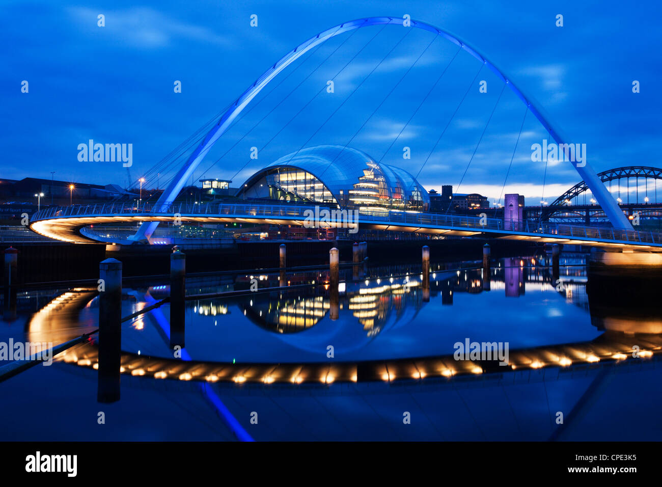 Gateshead Millennium Bridge, The Sage and the River Tyne between Newcastle and Gateshead, at dusk, Tyne and Wear, - Stock Image