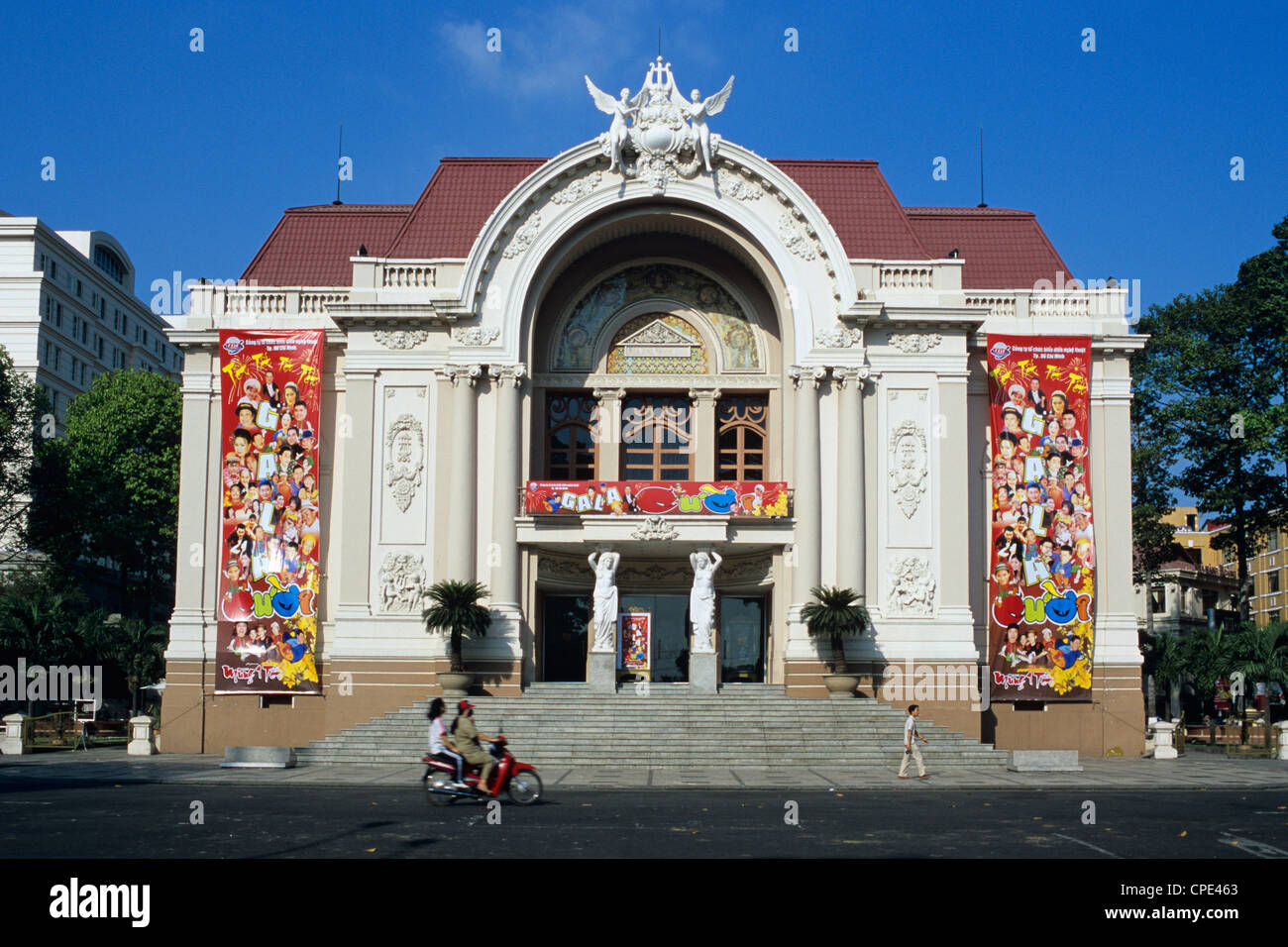 Municipal Theatre, French colonial architecture, Ho Chi Minh City (Saigon), Vietnam, Indochina, Southeast Asia, - Stock Image