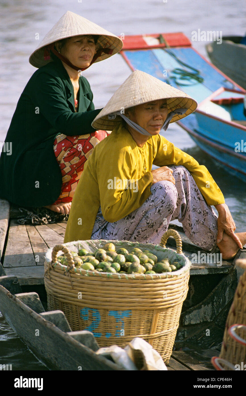 Floating market, Can Tho, Mekong Delta, Vietnam, Indochina, Southeast Asia, Asia - Stock Image