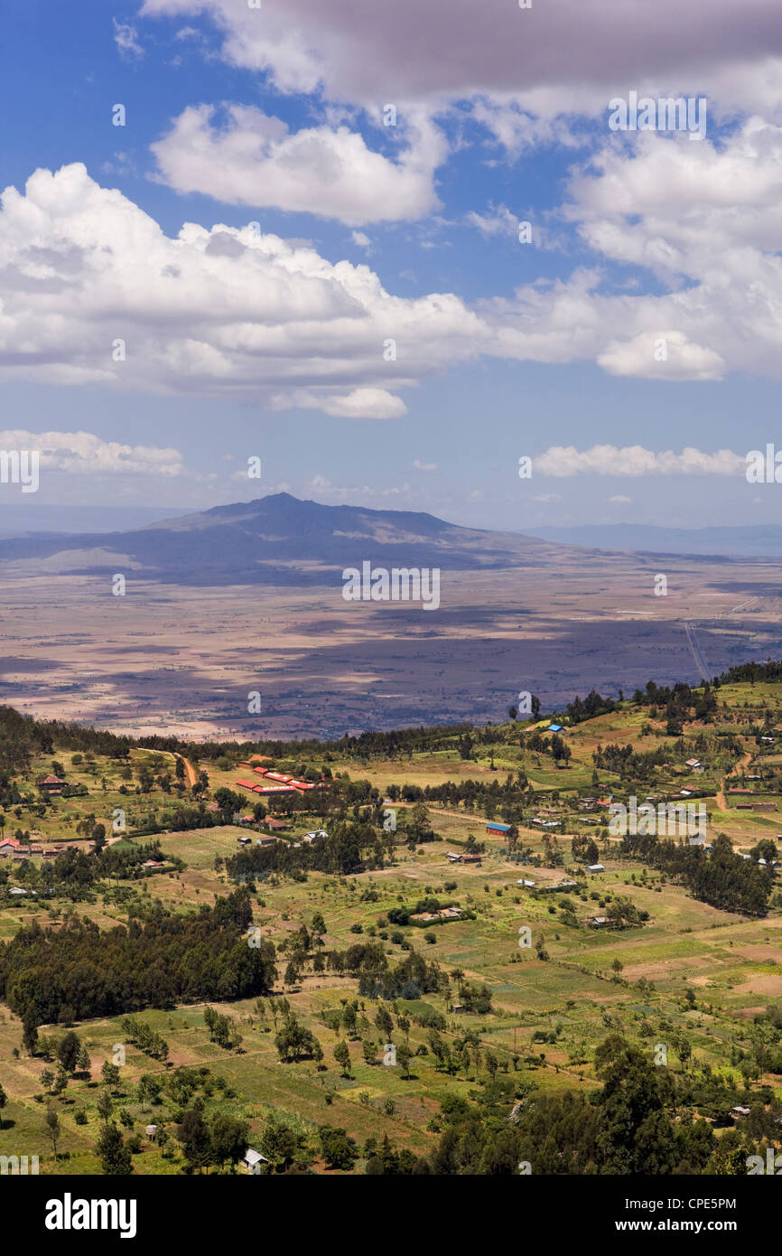 Mount Longonot and the escarpments of the Rift Valley, Kenya, East Africa, Africa Stock Photo
