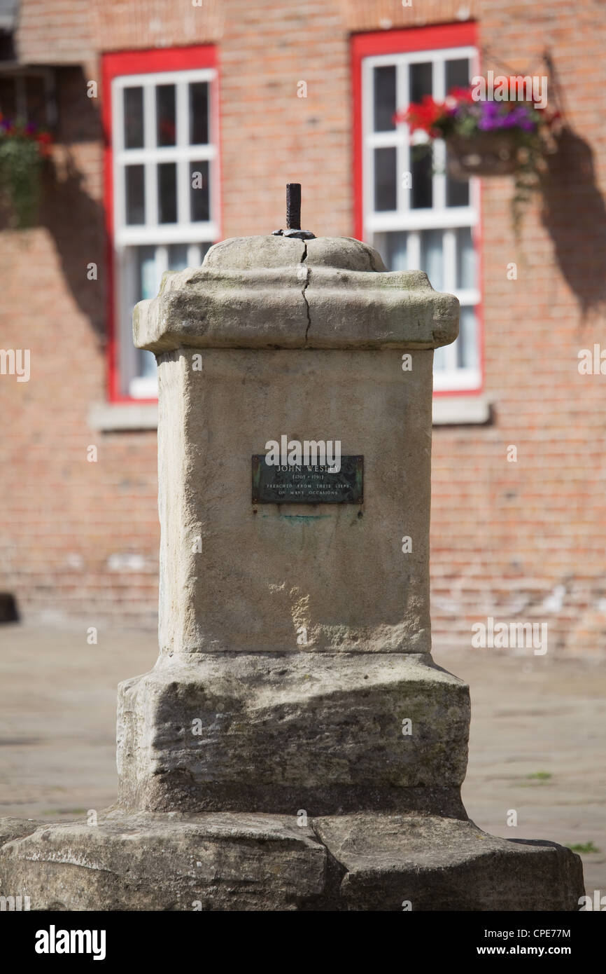 The Market Cross in Epworth, the birthplace of John and Charles Wesley, founders of the Methodist Movement - Stock Image