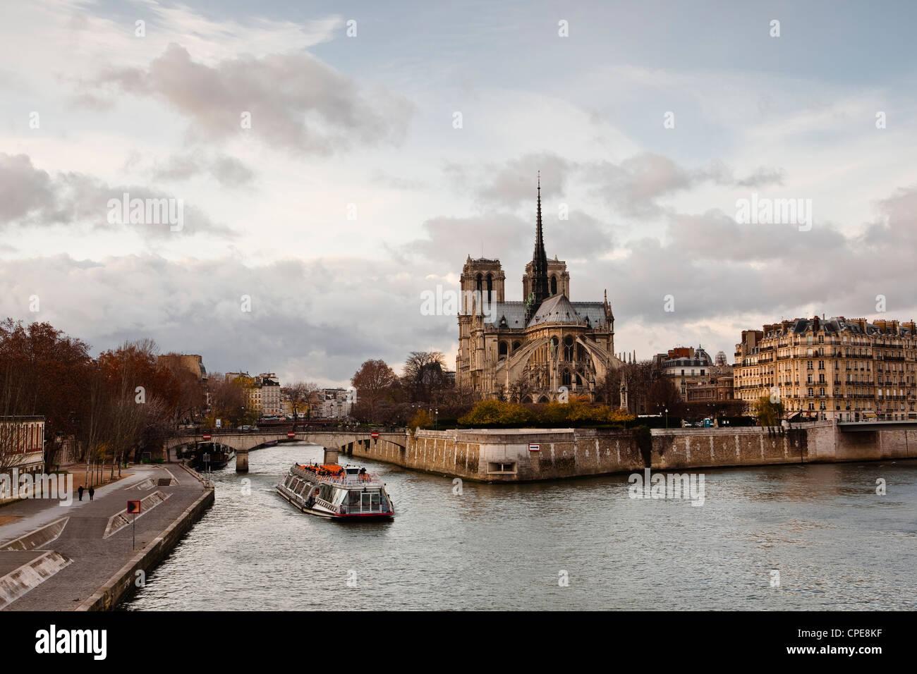 Notre Dame cathedral on the Ile de la Cite, Paris, France, Europe - Stock Image