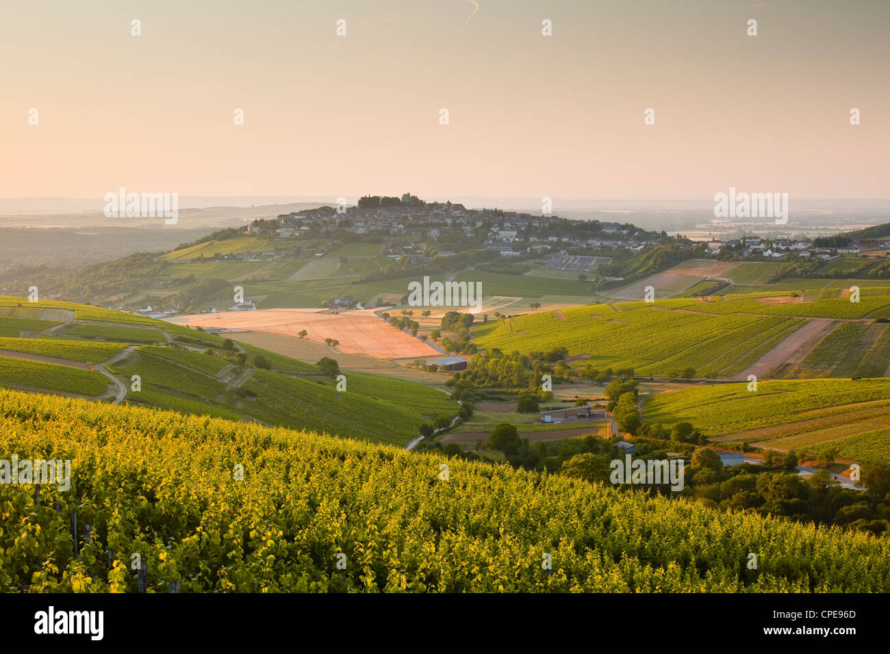 Dawn light starts to fill the skies above the village and vineyards of Sanerre, Cher, Loire Valley, Centre, France, - Stock Image