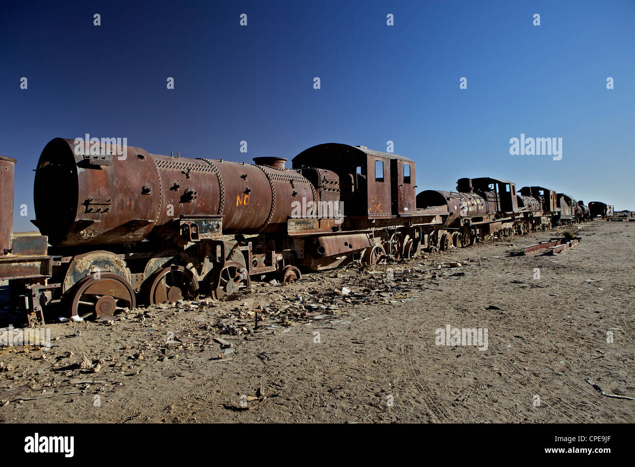 Rusting locomotive at train graveyard, Uyuni, Bolivia, South America - Stock Image