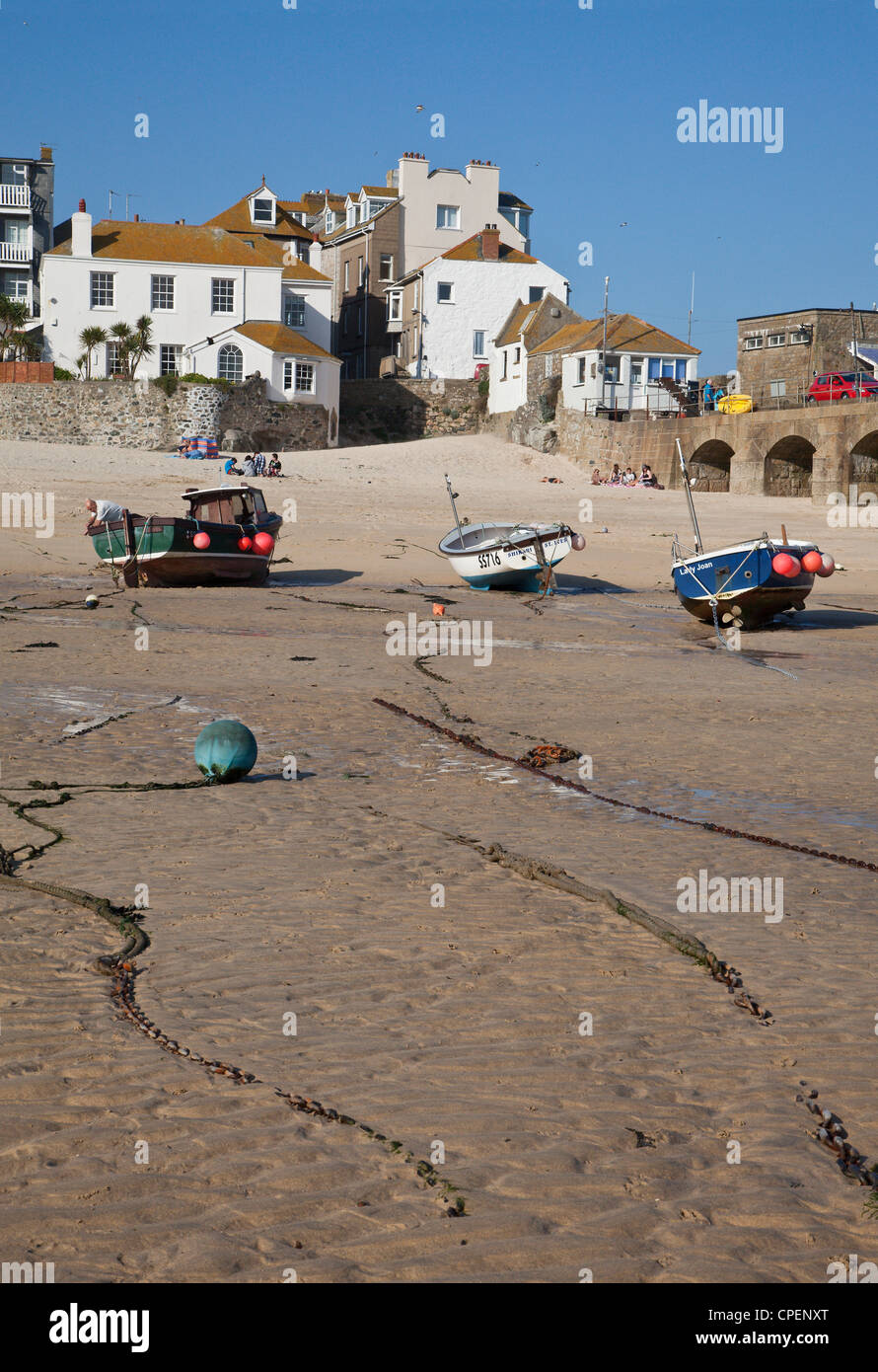 St Ives harbour and beach at low tide. Cornwall, England, UK - Stock Image
