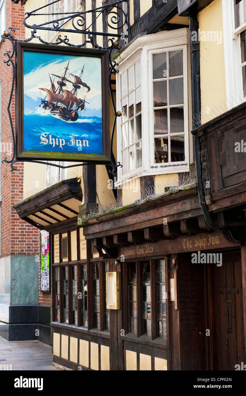 Ship Inn Hotel