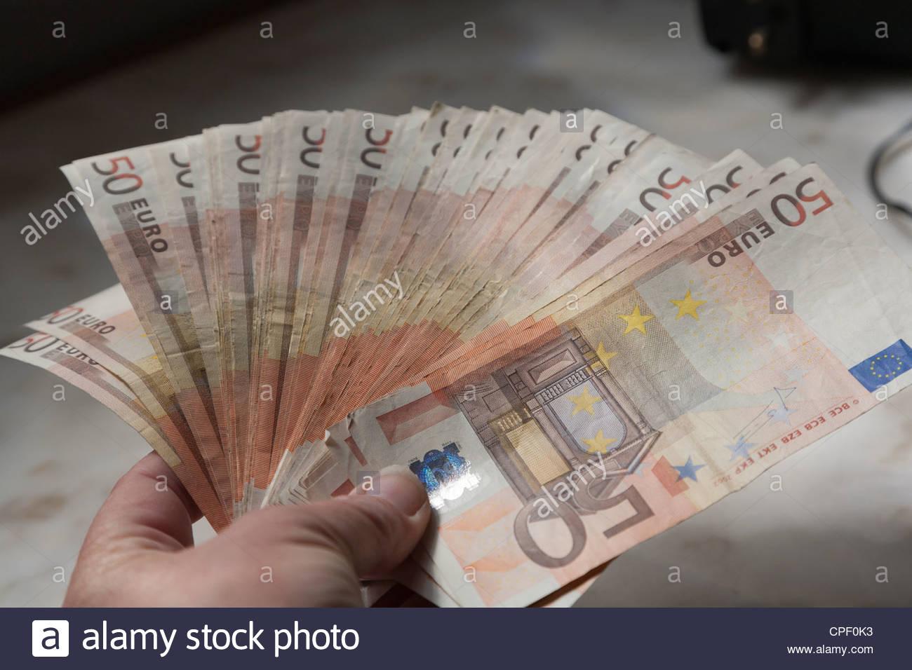 2500 Usd In Euro