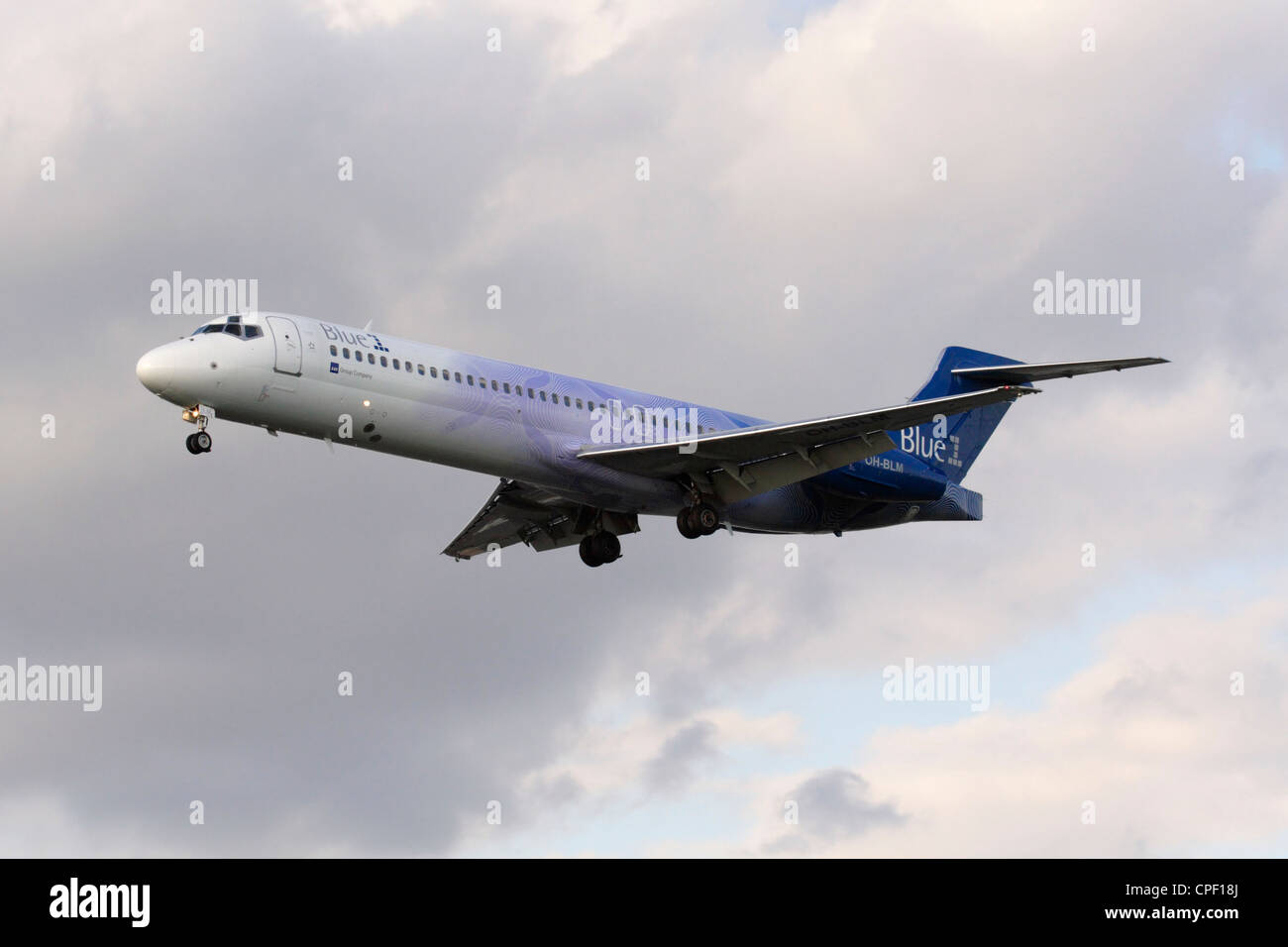 Blue1 Boeing 717-200 airliner on approach - Stock Image