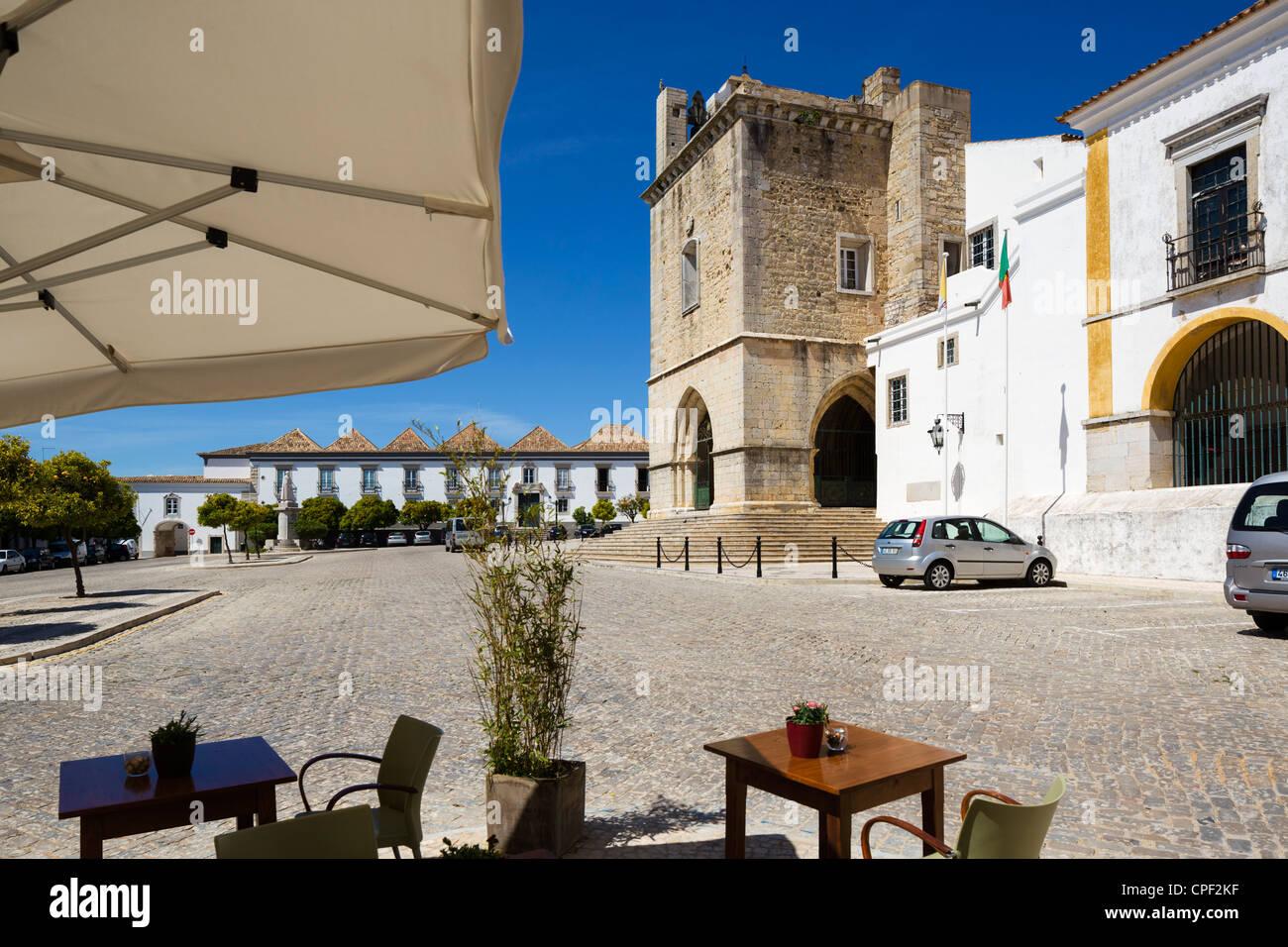 The Se (Cathedral) in Largo da Se, Old Town (Cidade Velha or Vila Adentro), Faro, Algarve, Portugal Stock Photo