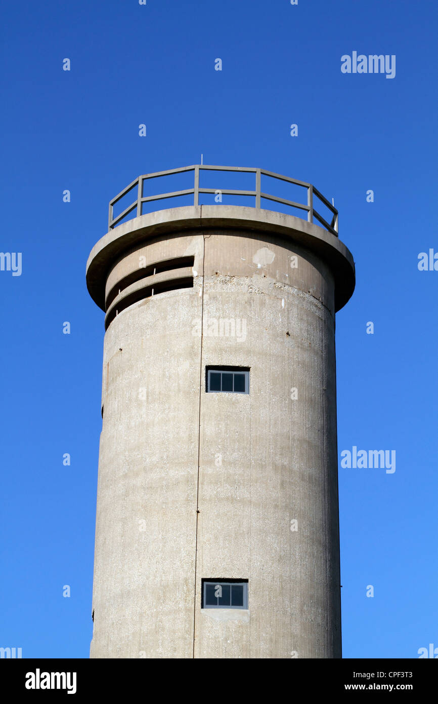 Closeup of Fire Control Tower No. 23. A WWII observation tower protecting the Delaware Bay entrance. Cape May New - Stock Image
