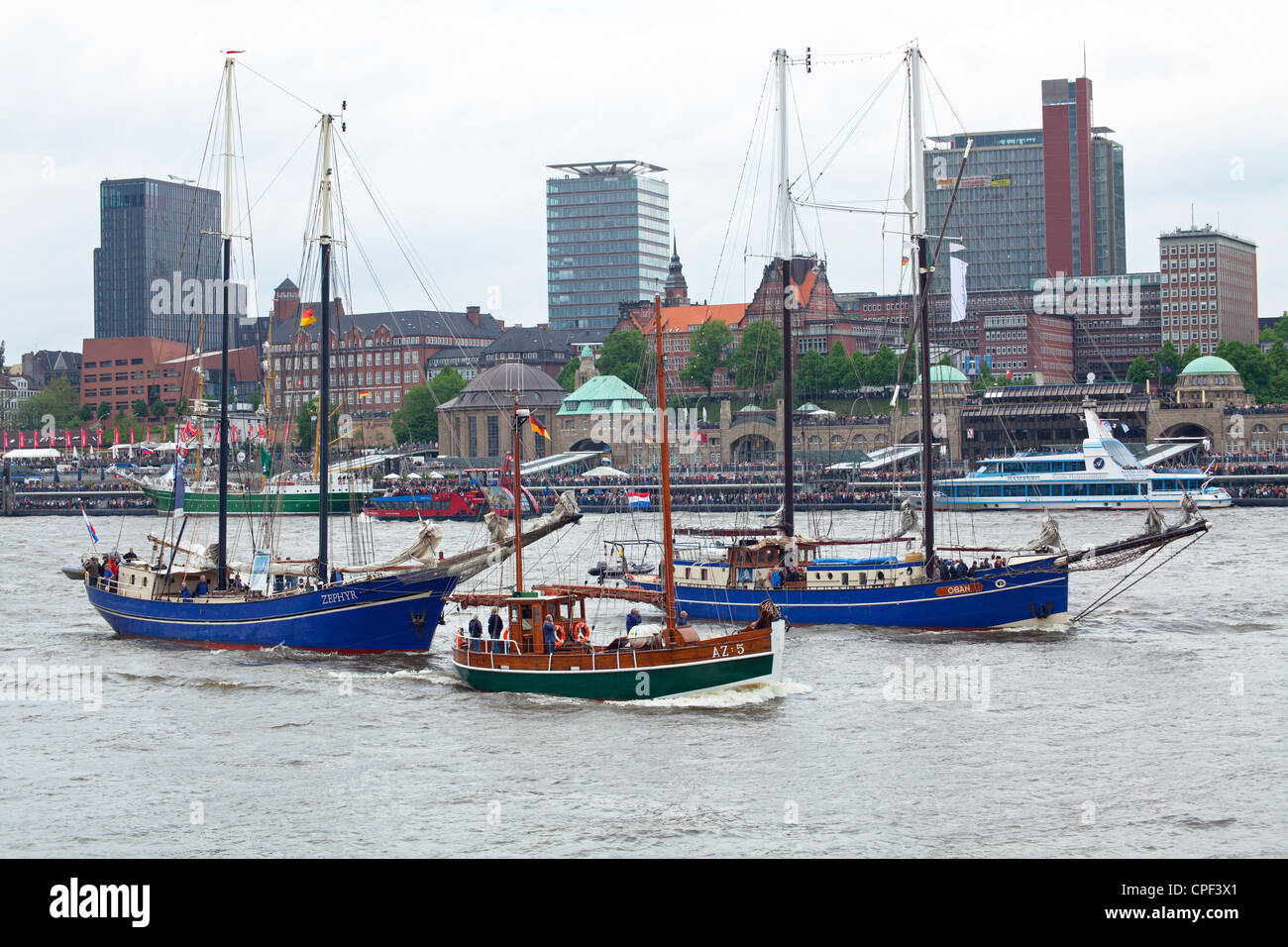 sailing ships Zephyr, AZ:5 and Oban, Harbour Birthday, Hamburg, Germany - Stock Image