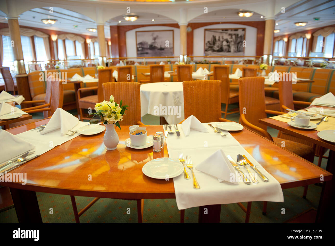 Lido Gourmet & Grill restaurant of the cruise liner MS Deutschland - Stock Image