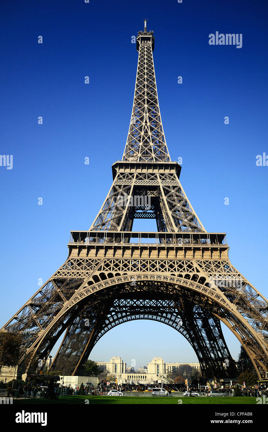 View at Eiffel Tower from the Champ de Mars (Field of Mars) - Stock Image