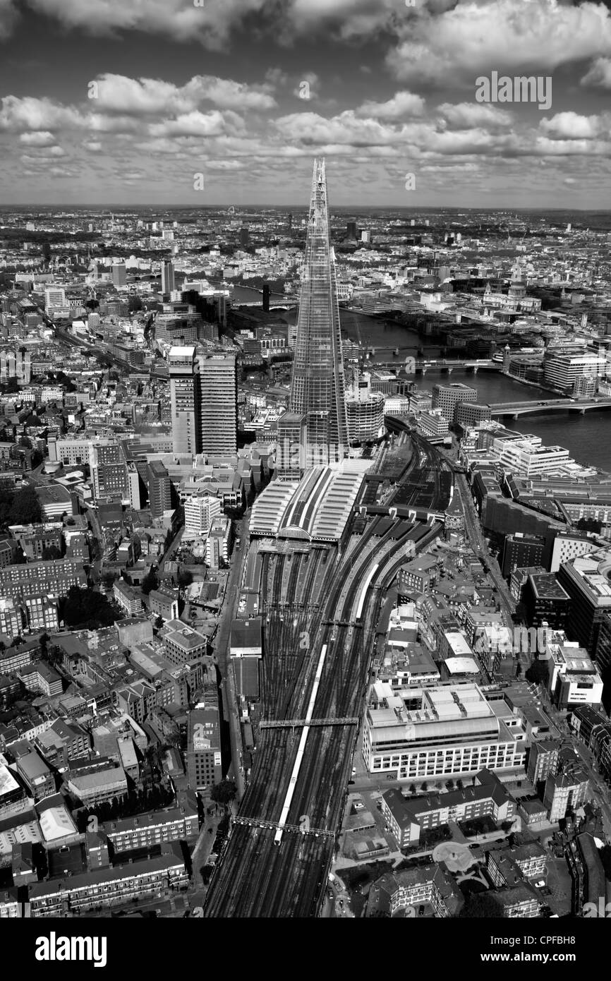 The Shard London from the air looking towards the west, from a Helicopter, London bridge station - Stock Image