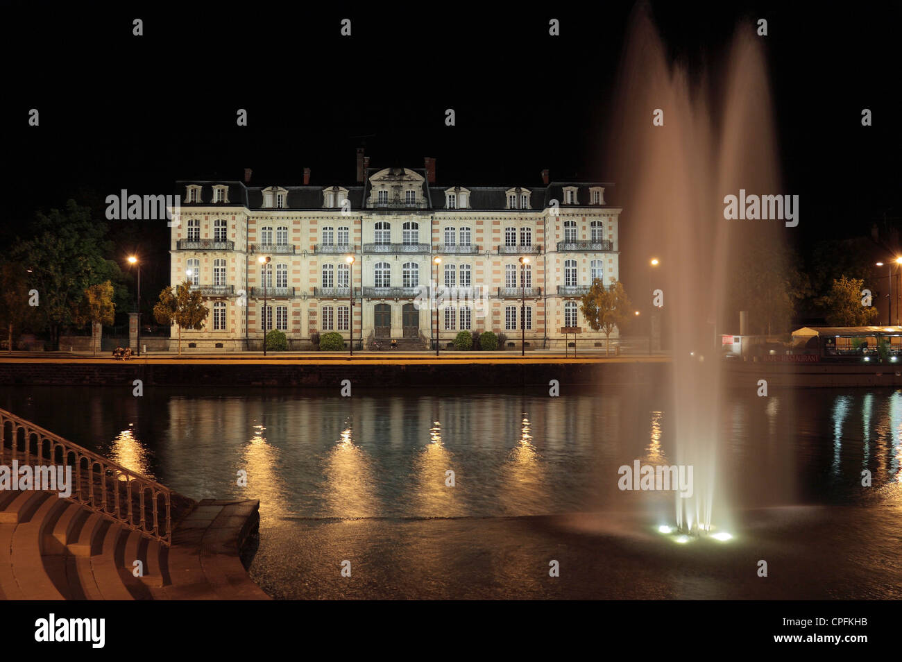 View over the River Meuse towards the Officers' Mess military building  in Verdun, Meuse, Lorraine, France. - Stock Image