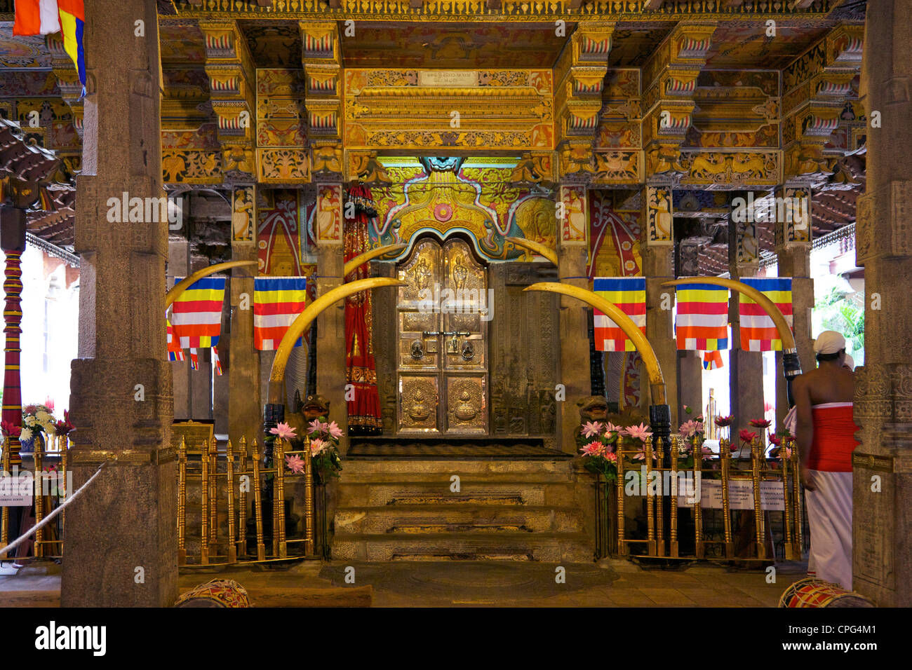 Tooth Sanctuary, Temple of the Tooth Relic or Sri Dalada Maligawa, Kandy Sri Lanka - Stock Image