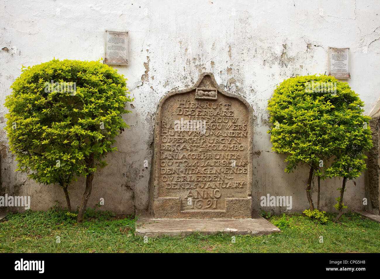 Gravestone outside the Wolvendaal Dutch Reformed Church, Colombo, Sri Lanka, Asia - Stock Image