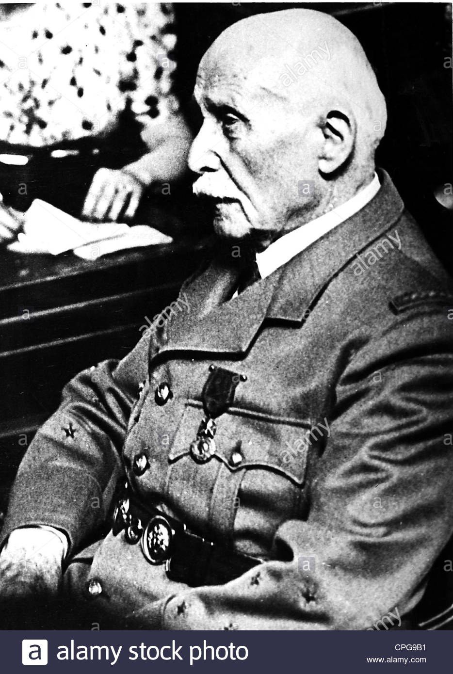 Petain, Henri Philippe, 24.4.1856 - 23.7.1953, French general, politician, half length, trial at the French Supreme - Stock Image