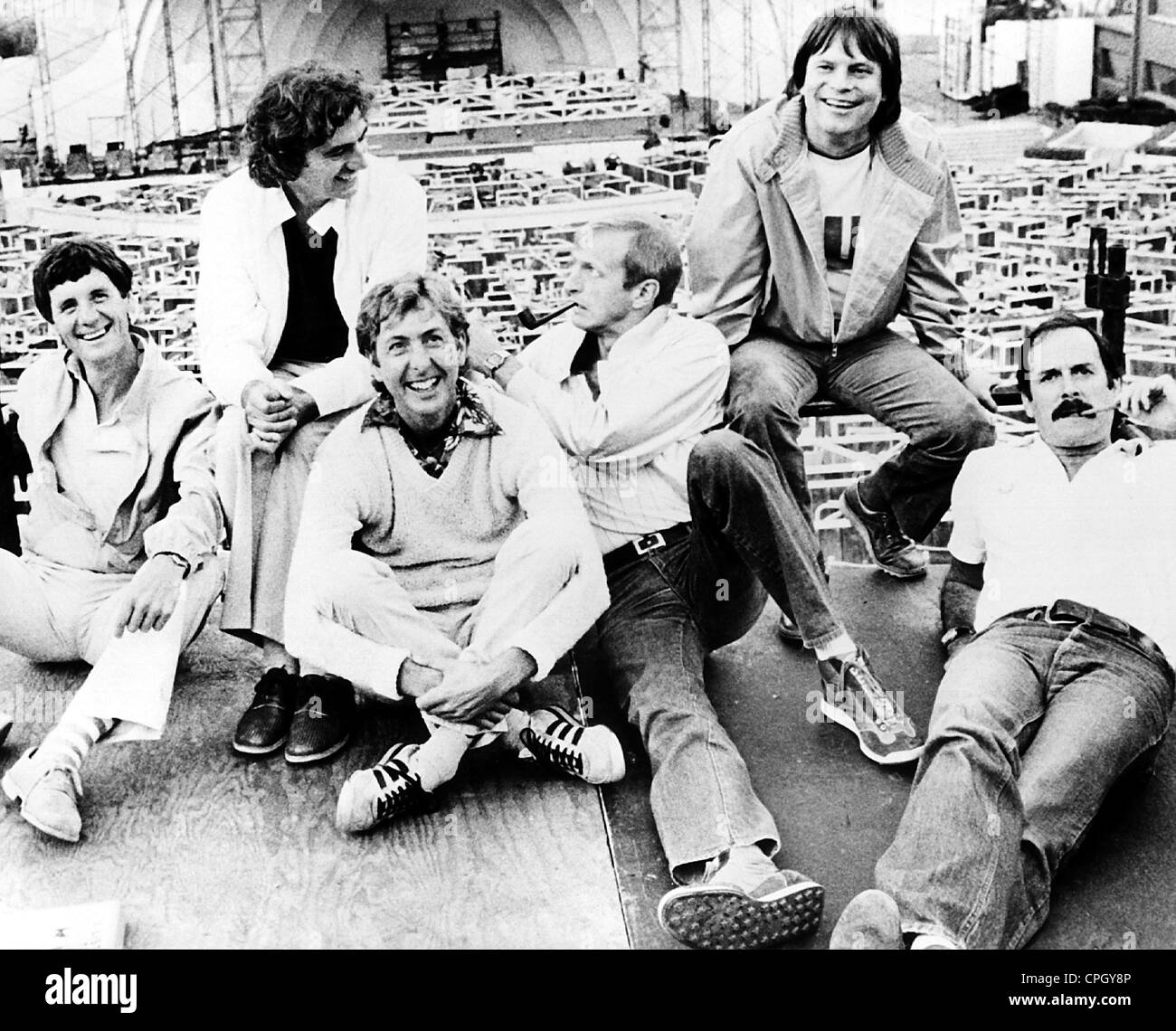 Monty Python The Royal Philharmonic Orchestra Goes To The Bathroom: Eric Idle Stock Photos & Eric Idle Stock Images