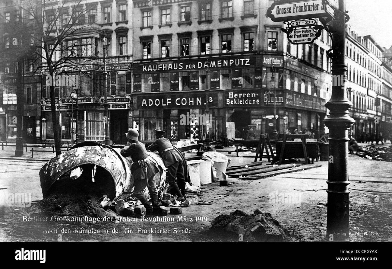 revolution 1918/1919, Berlin, Grosse Frankfurter Strasse, after fights, picture postcard, March 1919, 1910s, 10s, - Stock Image