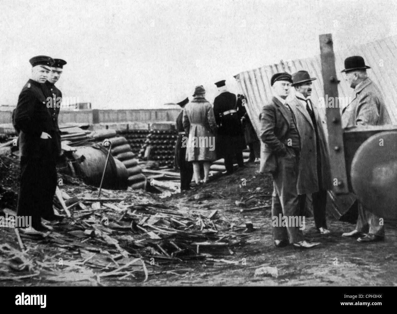 disasters, poison gas, phosgene accident on the factory premises of Stolzenberg Company, Hamburg, 20.5.1928, Additional - Stock Image