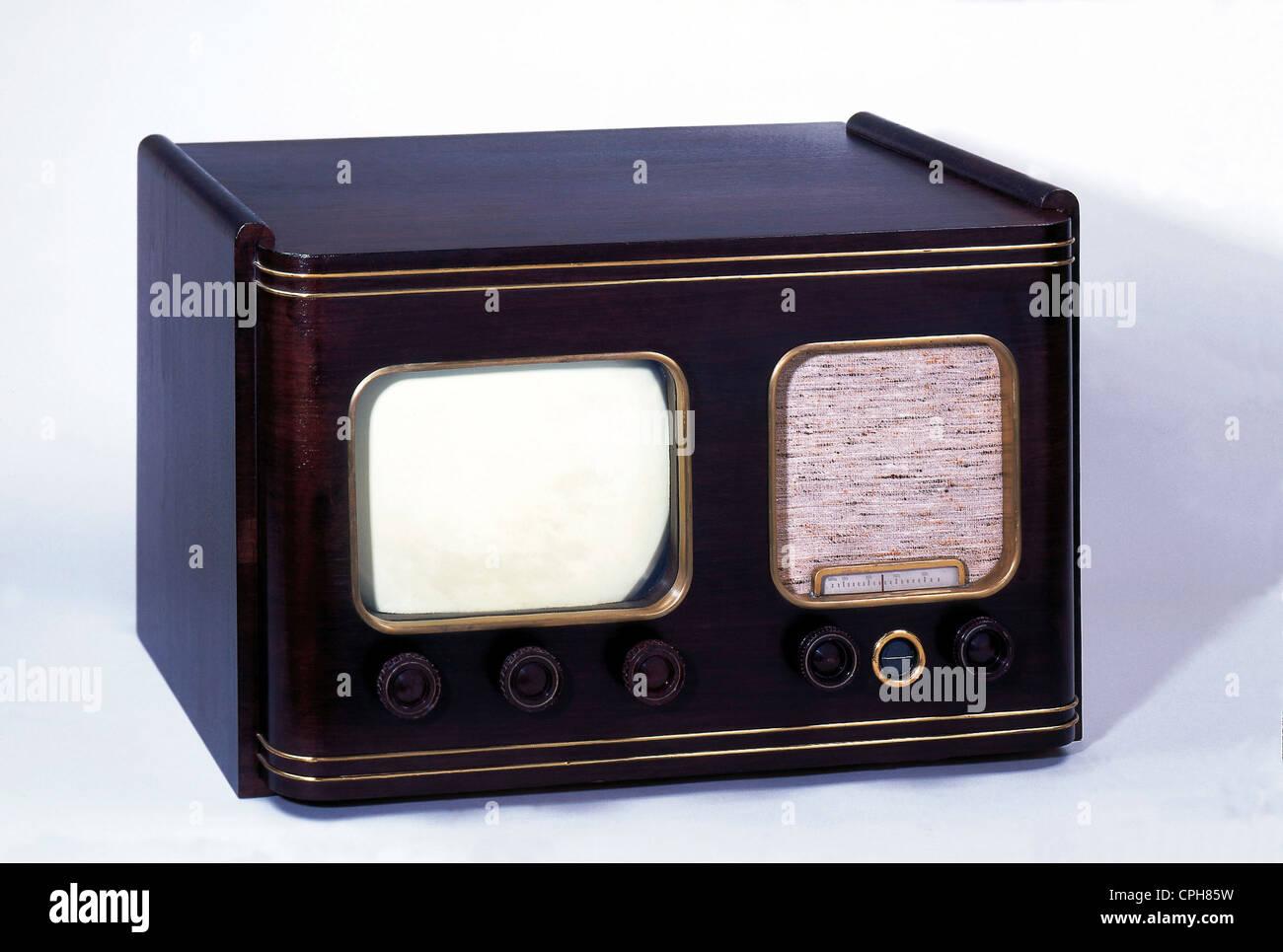 broadcast, television, television set of the C. Lorenz Company, TV set 6 P 515, pre-version, produced circa 1951, - Stock Image