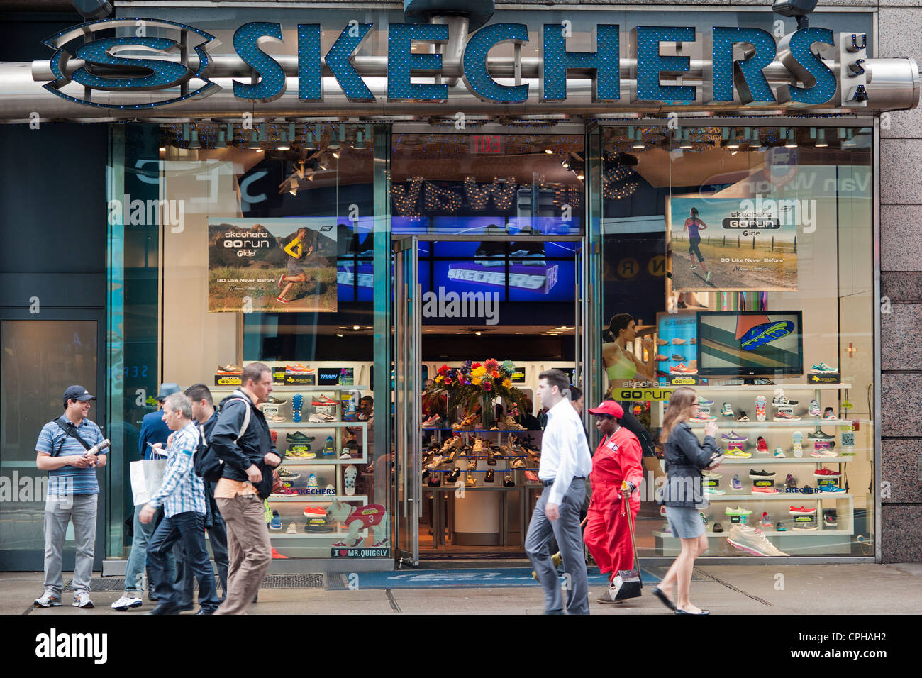 skechers shape ups outlet store