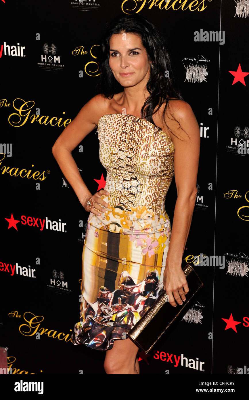 Angie Harmon arrives at the Gracie Awards on May 21, 2012 at the Beverly Hilton Hotel in Beverly Hills. - Stock Image