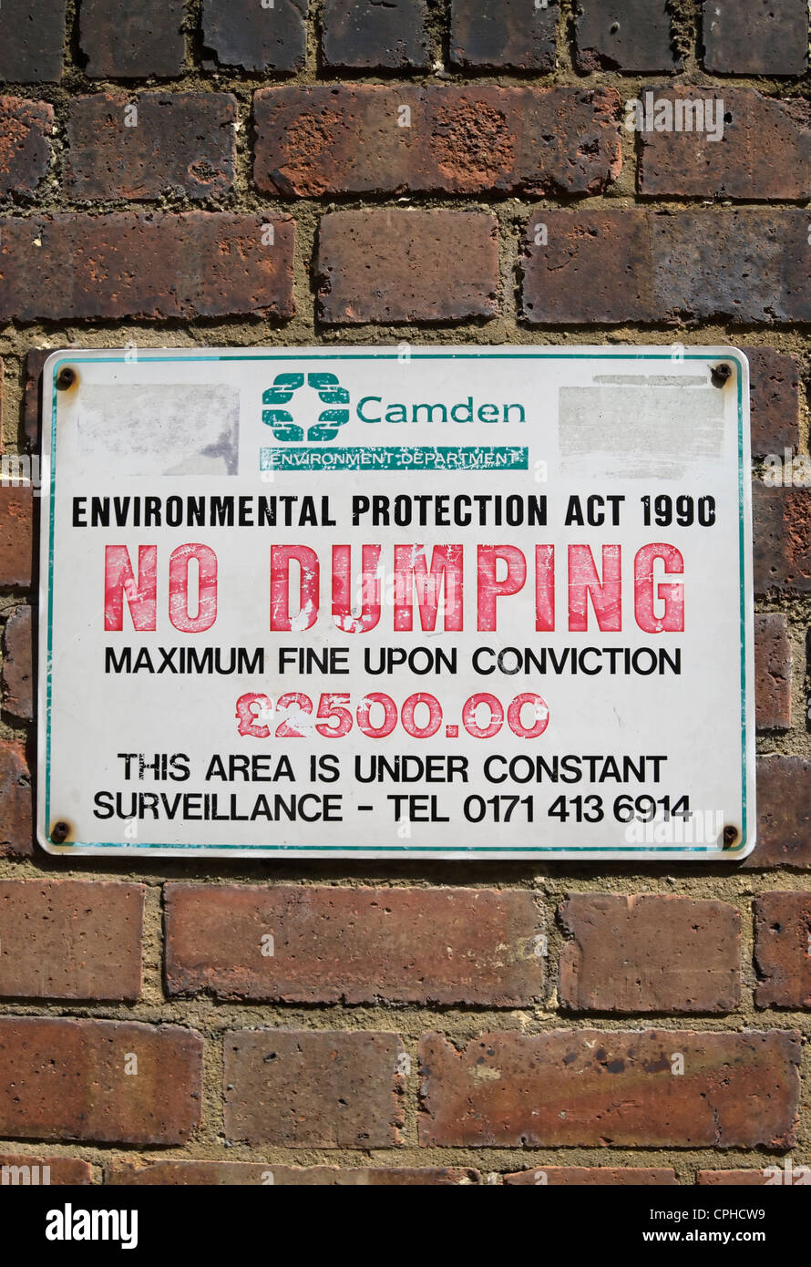 camden council no dumping sign in camden, london, england, warning of fine up to £2500 - Stock Image