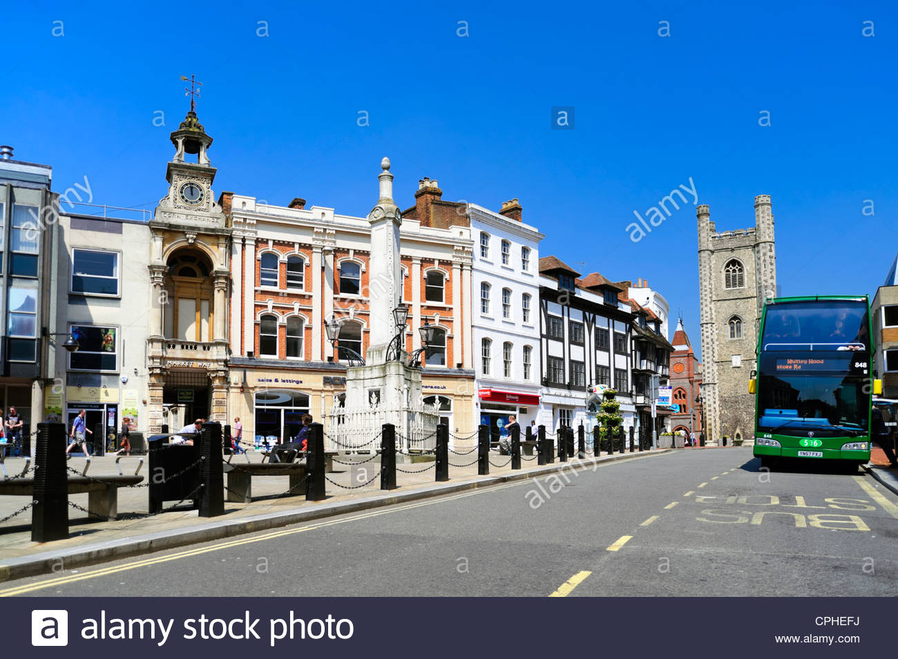 Town Centre in Reading, Berkshire, UK. - Stock Image