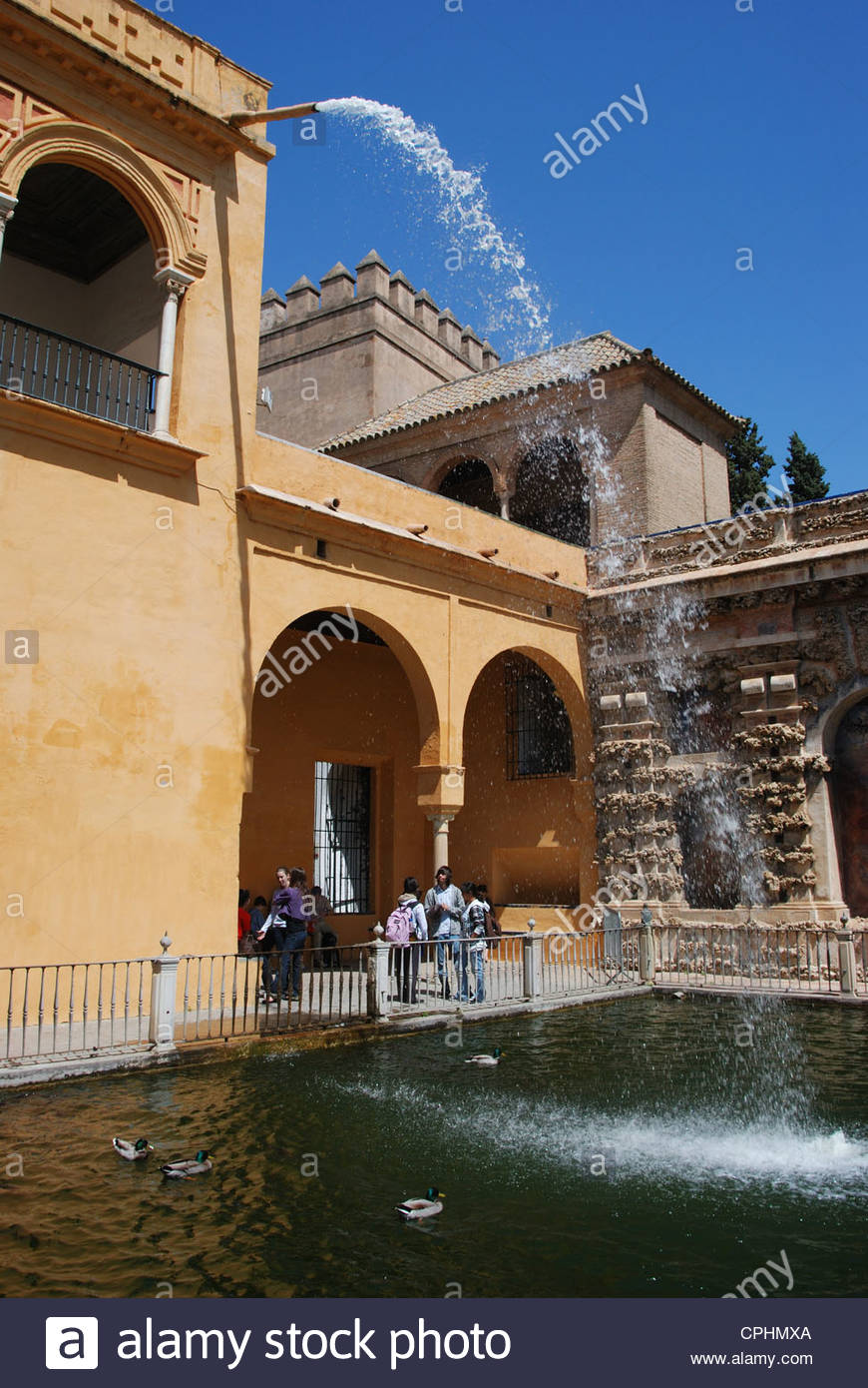 Novelty fountain and pool in gardens within the Castle of the Kings (Alcazar), Seville, Spain, Western Europe. - Stock Image