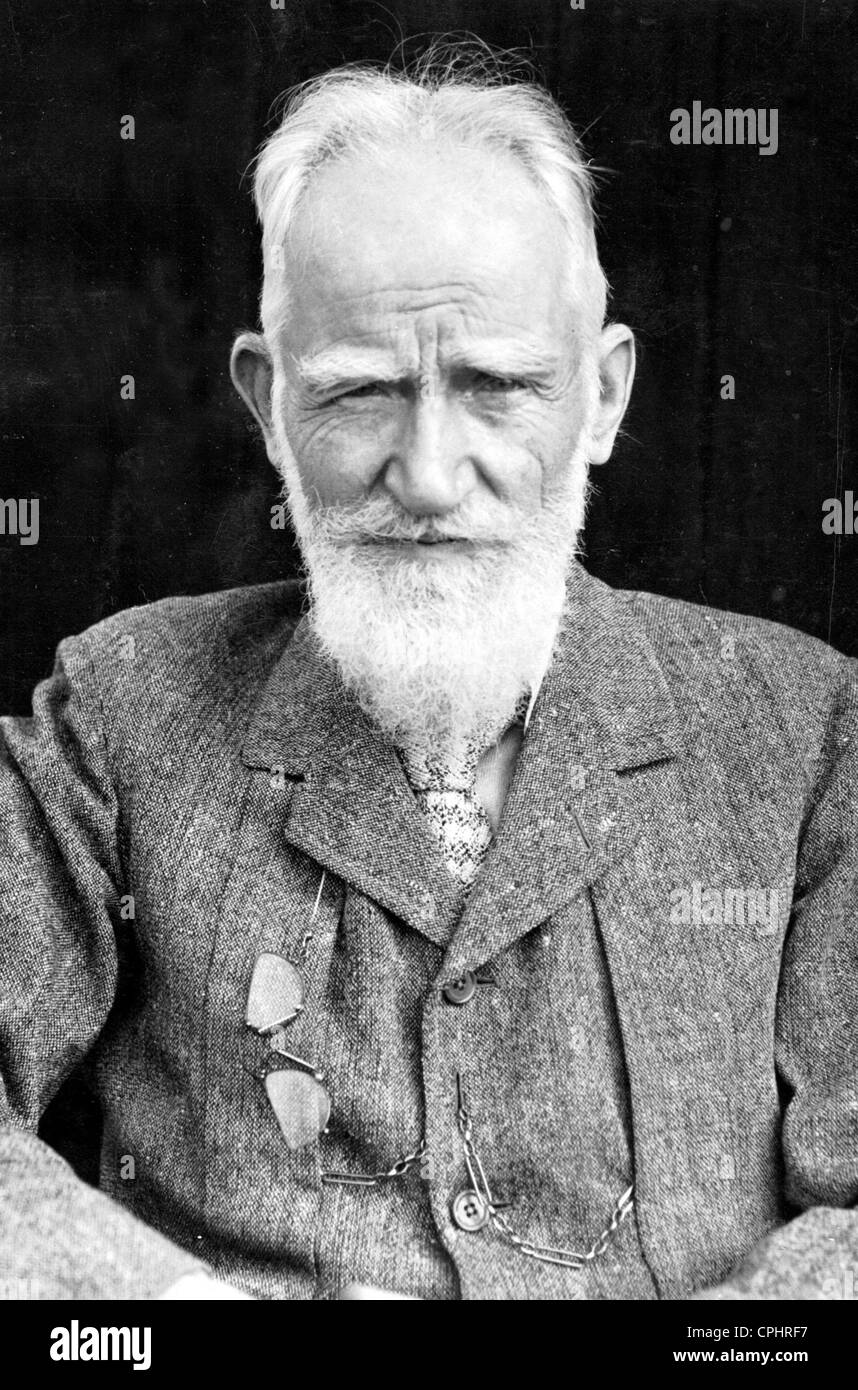 George Bernard Shaw (1856-1950) Irish playwright music & literary critic. In 1925 Shaw was awarded the Nobel - Stock Image