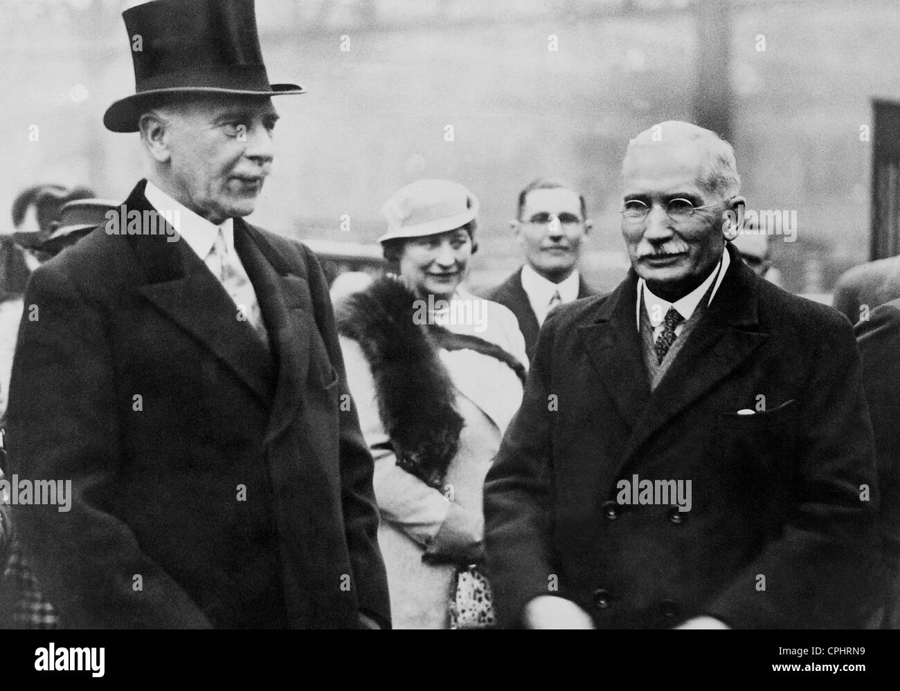 James Barry Munnick Hertzog and the Earl of Athlon in London, 1935 - Stock Image