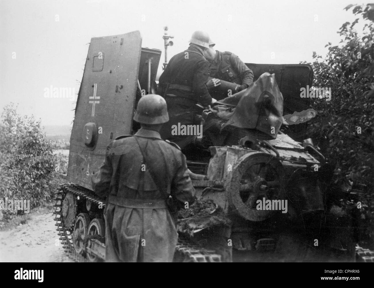 German infantry field gun on the Eastern front, 1941 - Stock Image