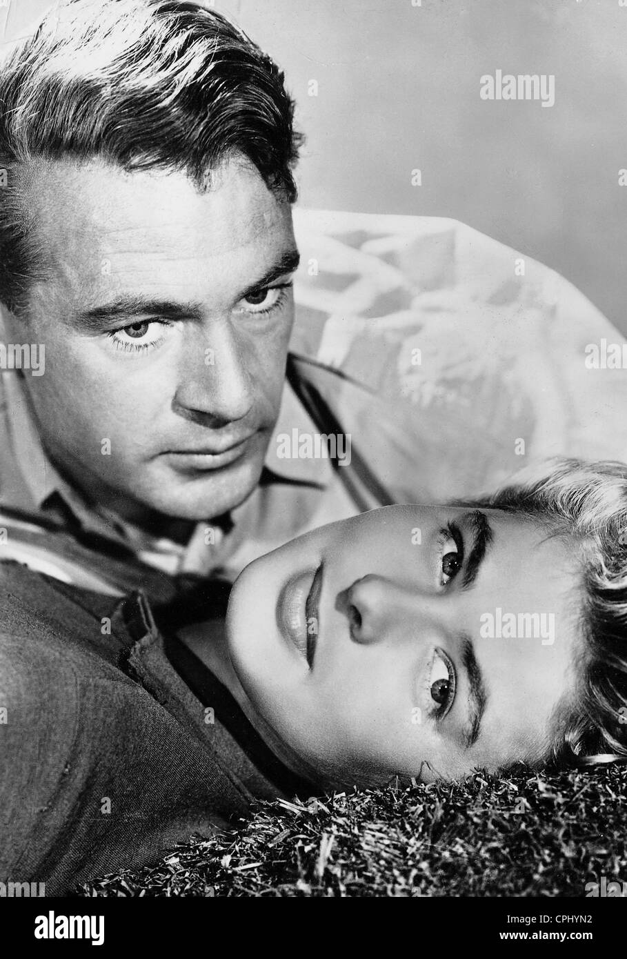 Gary Cooper and Ingrid Bergman in 'For Whom the Bell Tolls' in, 1943 - Stock Image