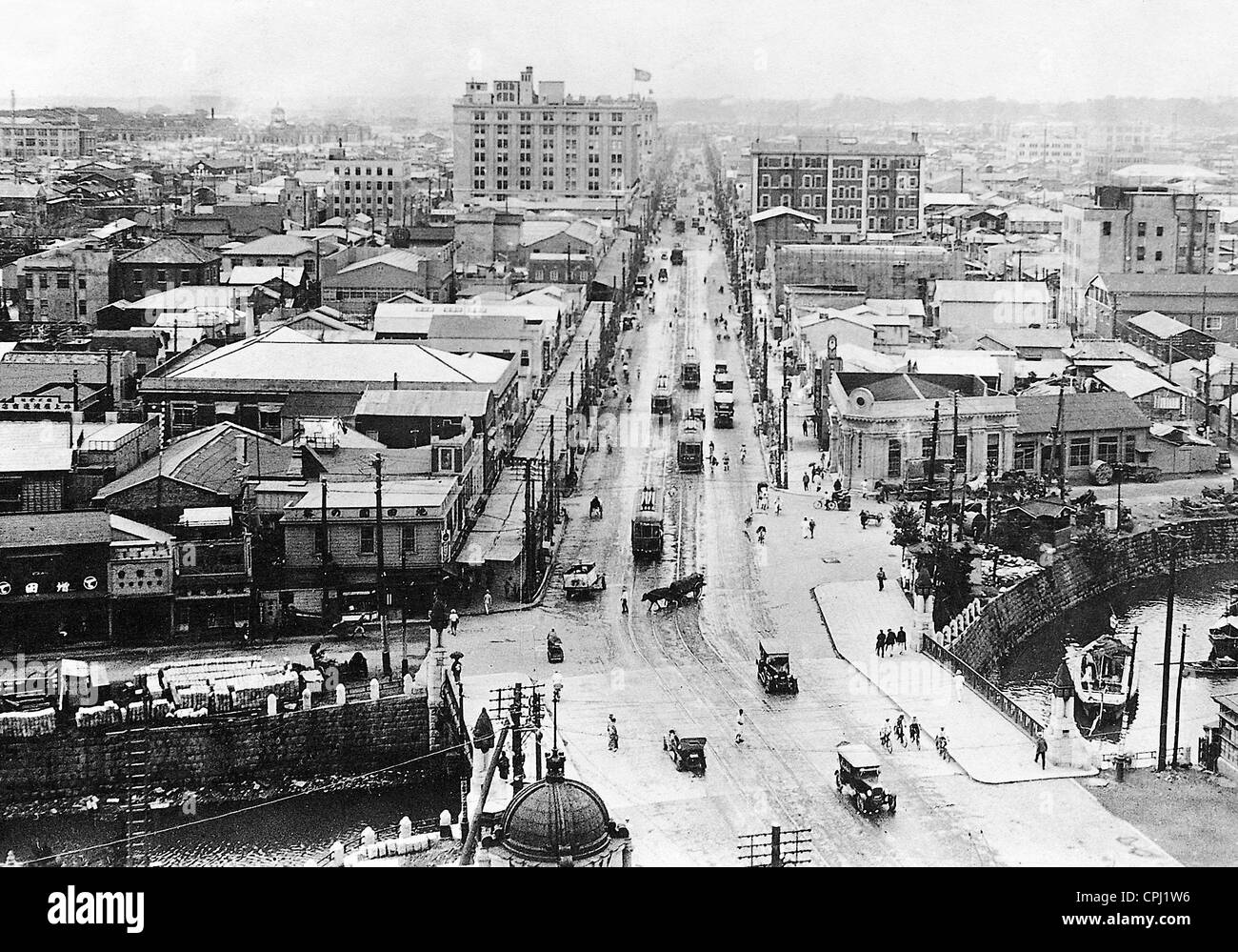 Main shopping street in Tokyo, 1939 Stock Photo