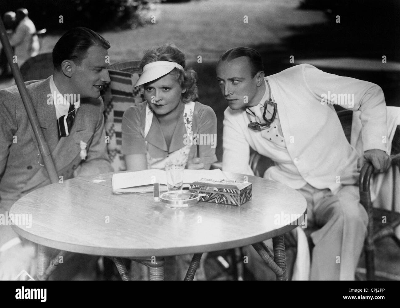 Kurt von Ruffin, Liane Haid and Hubert von Meyerinck in 'Your Serene Highness, the saleswoman', 1933 - Stock Image