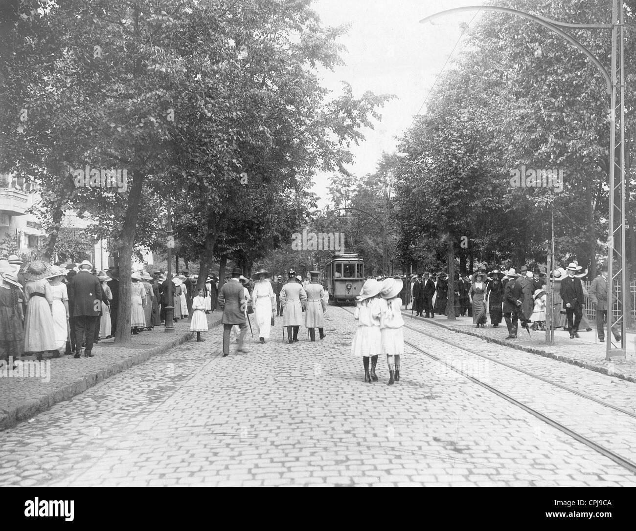 Pedestrians in Allenstein, 1912 - Stock Image