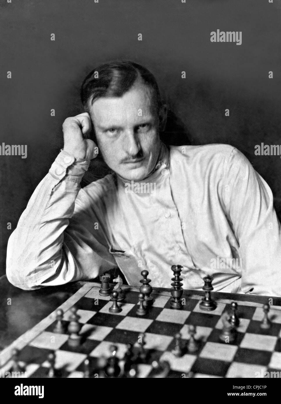Alexander Alekhine, 1921 Stock Photo: 48347762 - Alamy