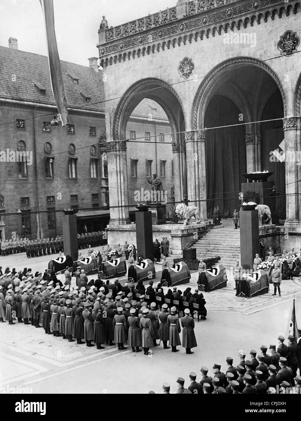 Act of state for the victims of the assassination attempt in Buergerbraeukeller in front of the Feldherrnhalle, - Stock Image