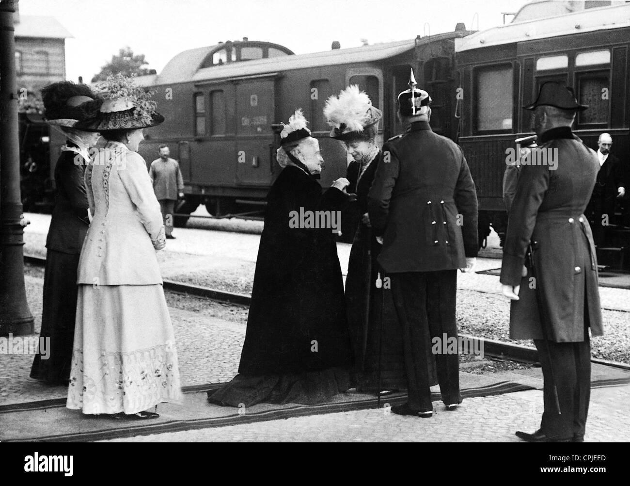 Queen Mary of Great Britain in Neustrelitz, 1912 Stock Photo