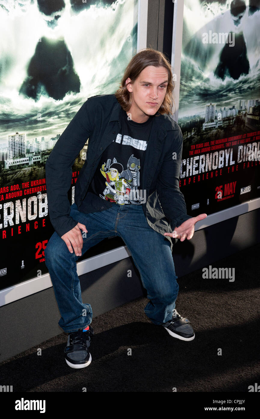 Jason Mewes arrives at the Special Fan Screening of Chernobyl Diaries at the Cinerama Dome in Hollywood. - Stock Image